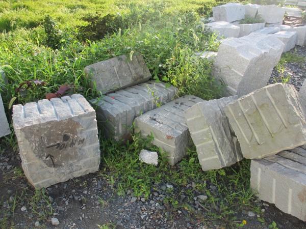 本小松石原石